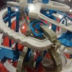 Un labyrinthe dans une boule